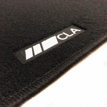Alfombrillas Mercedes CLA X117 Familiar (2015 - 2018) a medida logo