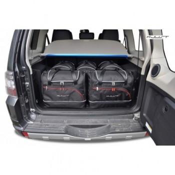 Kit maletas a medida para Mitsubishi Pajero / Montero (2006 - actualidad), 5 puertas