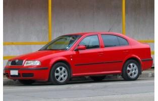 Alfombrillas Skoda Octavia Hatchback (2000 - 2004) Económicas