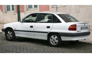 Opel Astra F Sedán